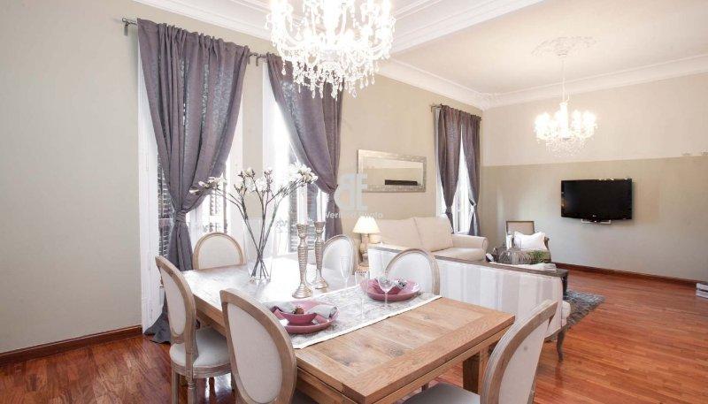 BCN Rambla Catalunya - Luxurious and grandiose apartment with 5 bedrooms and 3 - Image 1 - Barcelona - rentals