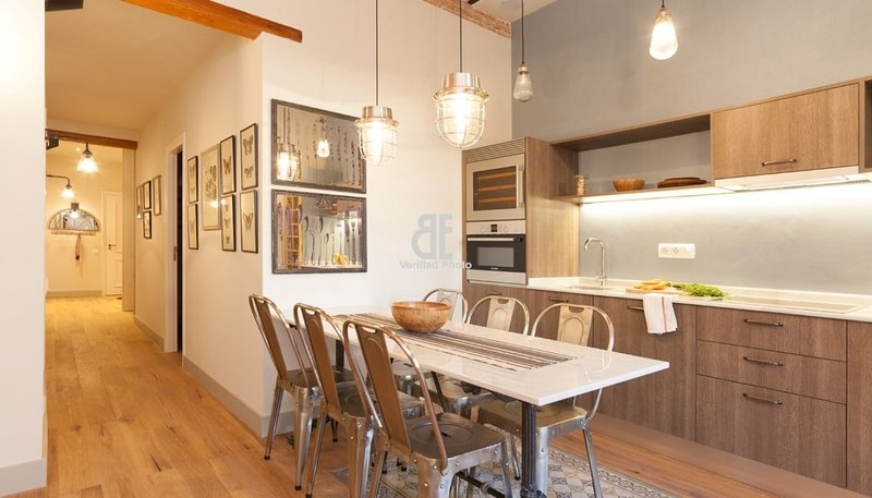BCN Rambla Catalunya - Splendid and beautiful apartment with 3 bedrooms and 3 - Image 1 - Barcelona - rentals