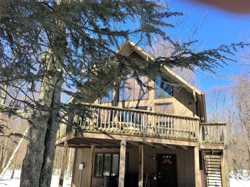 Exterior View of Multi Level Chalet - Lg Pocono Chalet -Great for Family/Friend Reunions - Lake Harmony - rentals