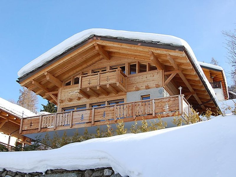 5 bedroom Villa in Nendaz, Valais, Switzerland : ref 2296829 - Image 1 - Nendaz - rentals