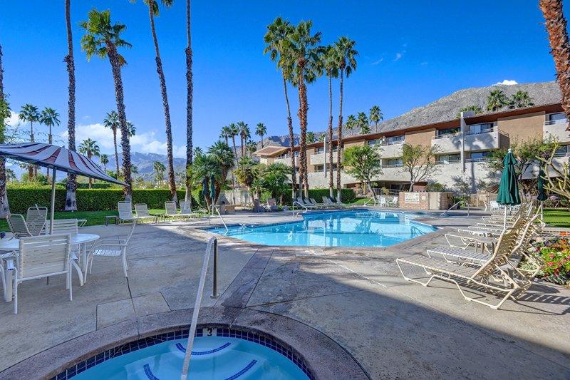 Biarritz Nirvana - Image 1 - Palm Springs - rentals
