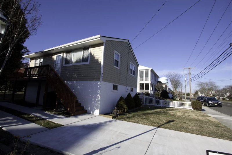 Columbia Cottage 130851 - Image 1 - Cape May - rentals
