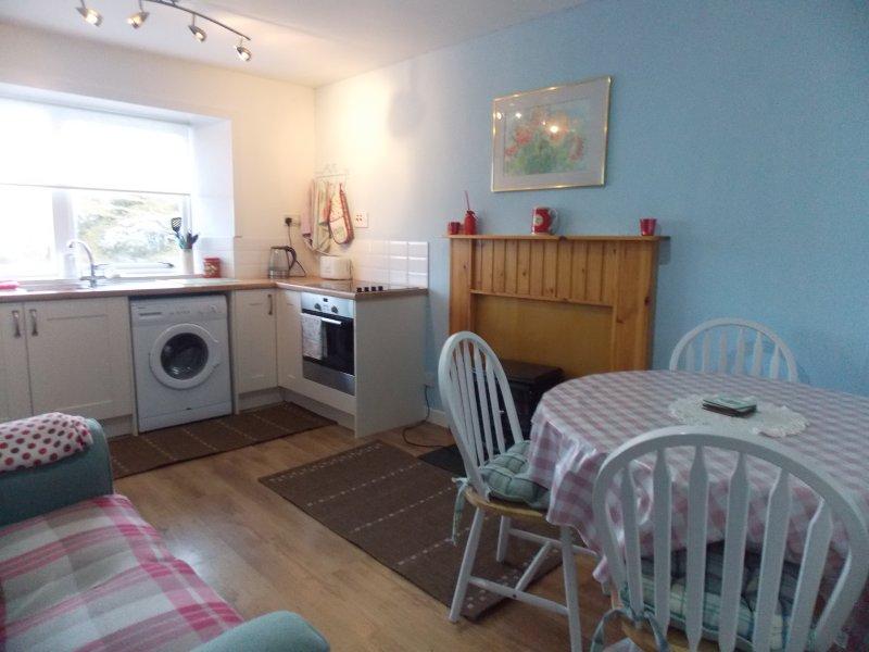 Kitchen - Manish cottage - Flodabay - rentals