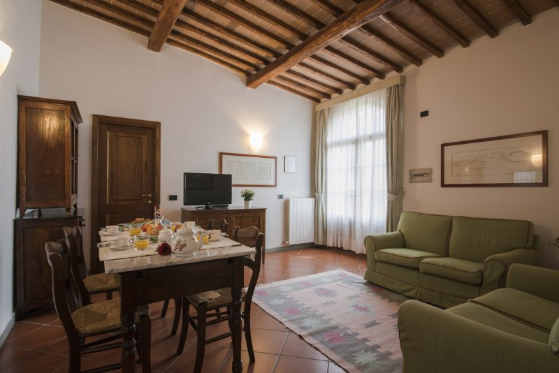 Family-Friendly Farmhouse Close to Siena - Terra di Siena 10 - Image 1 - Siena - rentals