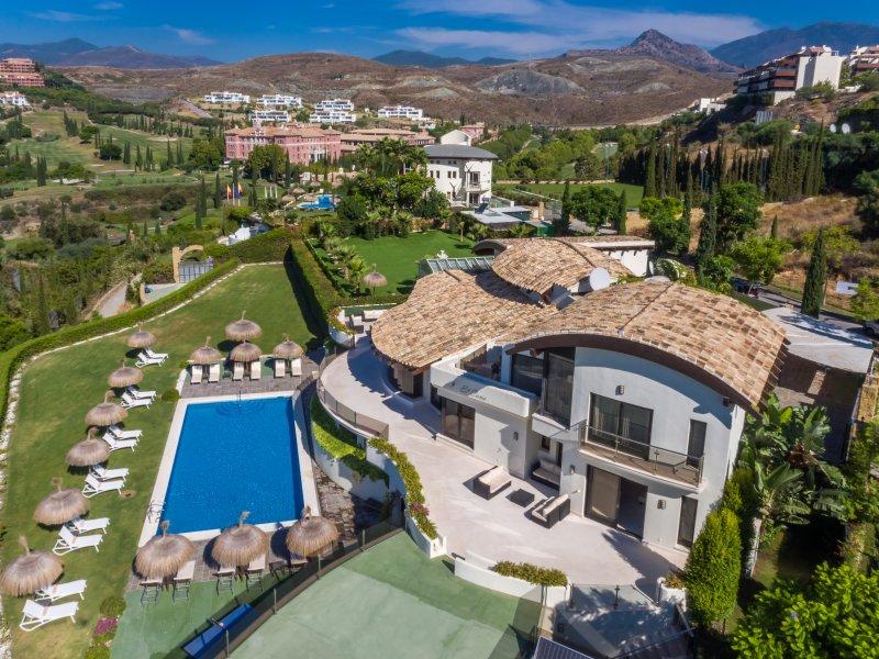 Villa El Cano - Image 1 - Benahavis - rentals