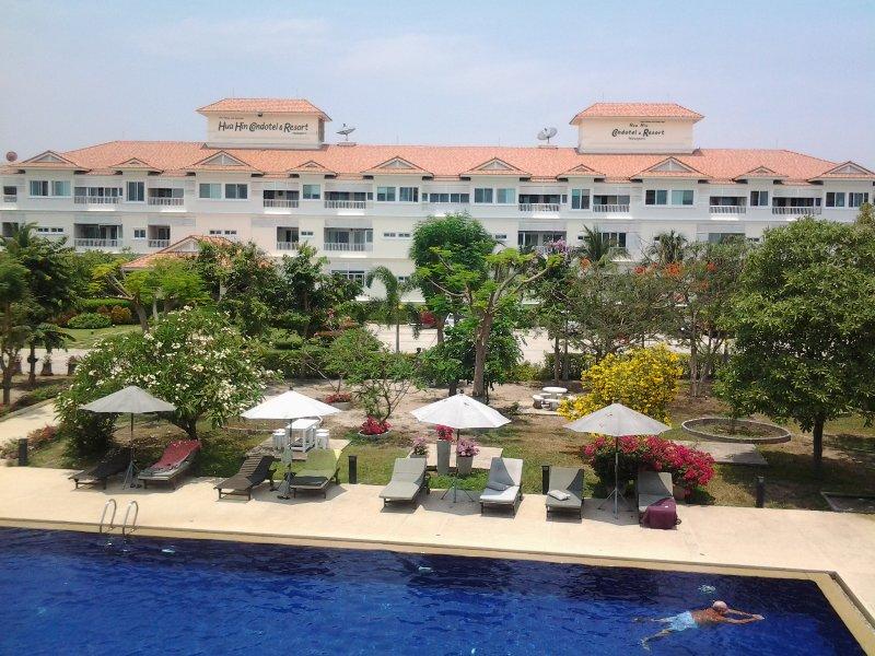 3rd Floor (Top) Studio Apartment in top quality condotel resort - Image 1 - Hua Hin - rentals
