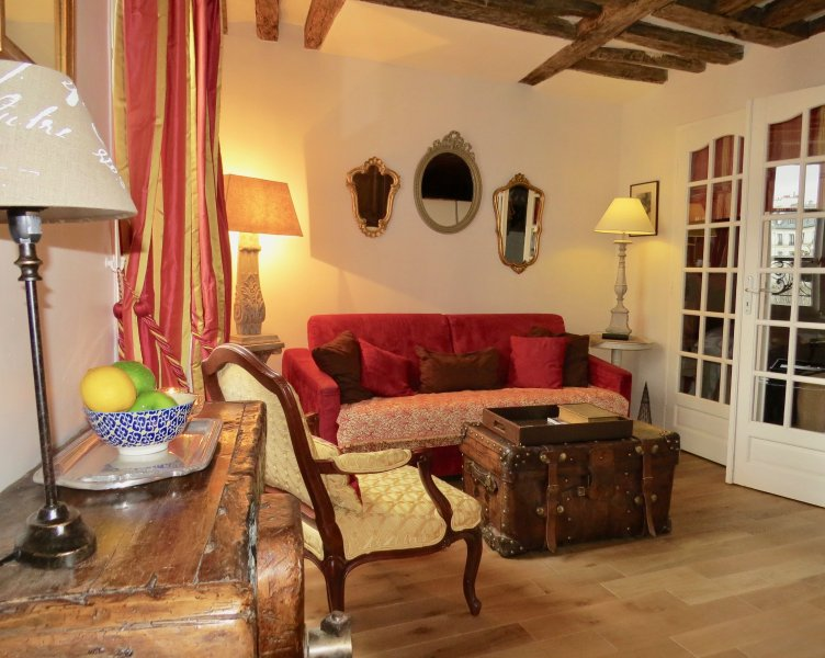 Welcome to Le Pinot Noir - Elegant 1 Bedroom in Heart of the Marais - Paris - rentals