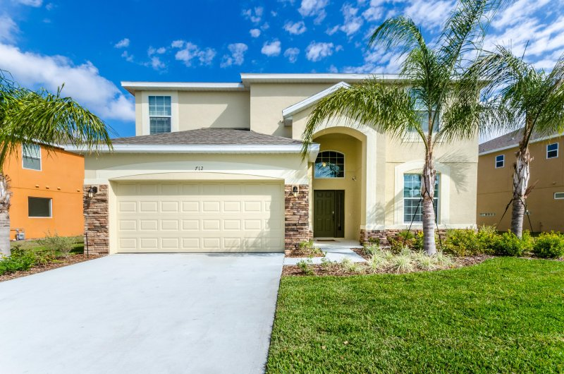 Water Song Resort 6 Br pool home - 6 Br 5.5 Ba Watersong pool home no rear neighbors - Davenport - rentals