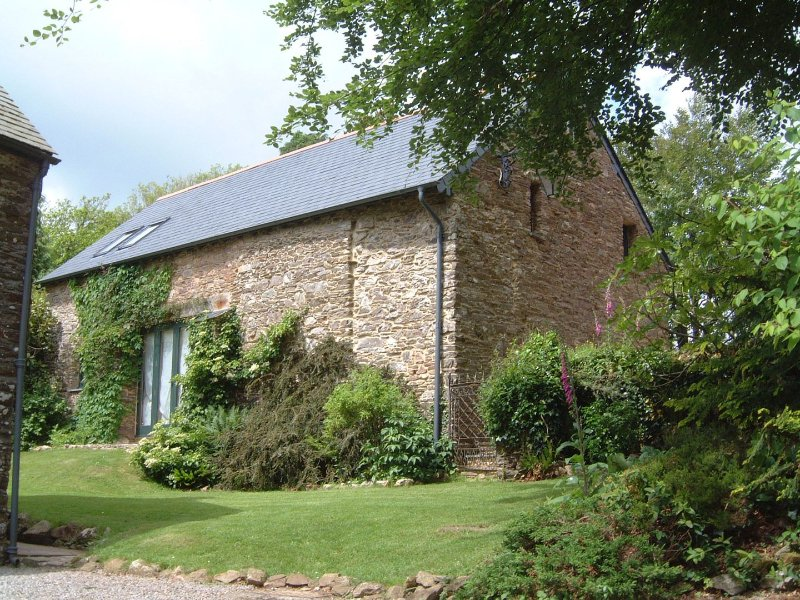 Preston House Barn - Image 1 - Moreleigh - rentals