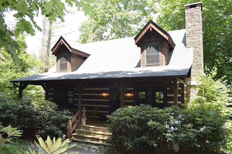 Dancing Bear Cottage - Image 1 - Blowing Rock - rentals