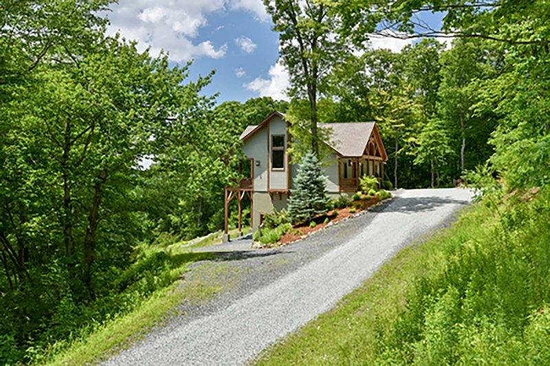 Mountain Camp - Image 1 - Blowing Rock - rentals