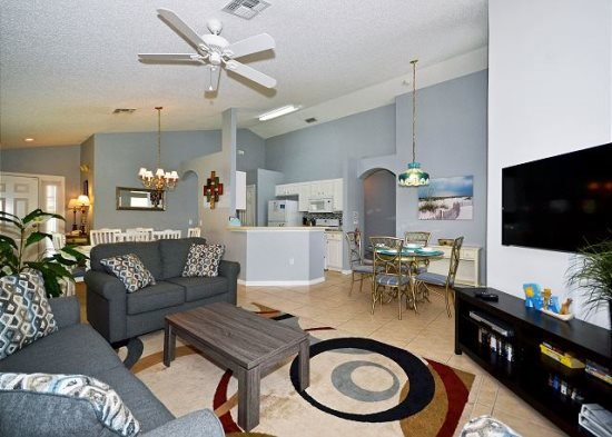 Delightful 4 Bedroom 3 Bath Pool Home in Southern Dunes Golf Resort. 3098BL - Image 1 - Orlando - rentals