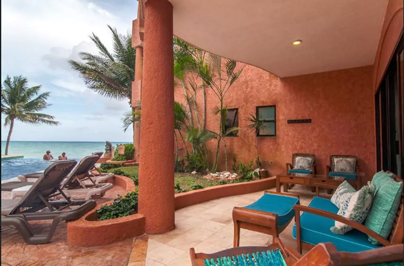 Directly oceanfront in Playa del Carmen - Beachfront Luxury 3 Bdrm Condo, Infinity Pool, Ideal For Kids, Steps to 5th Ave - Playa del Carmen - rentals