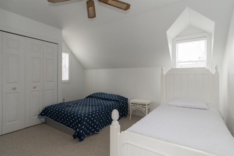234 Park Avenue - Just two blocks from the beach! - Image 1 - South Haven - rentals