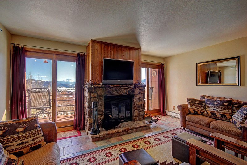"SkyRun Property - ""BB204 Buffalo Village 2BR 2BA"" - Spacious Living Room  - Features beautiful new furniture, HD TV, wood burning fireplace & beautiful views. - BB204 Buffalo Village 2BR 2BA - Silverthorne - rentals"