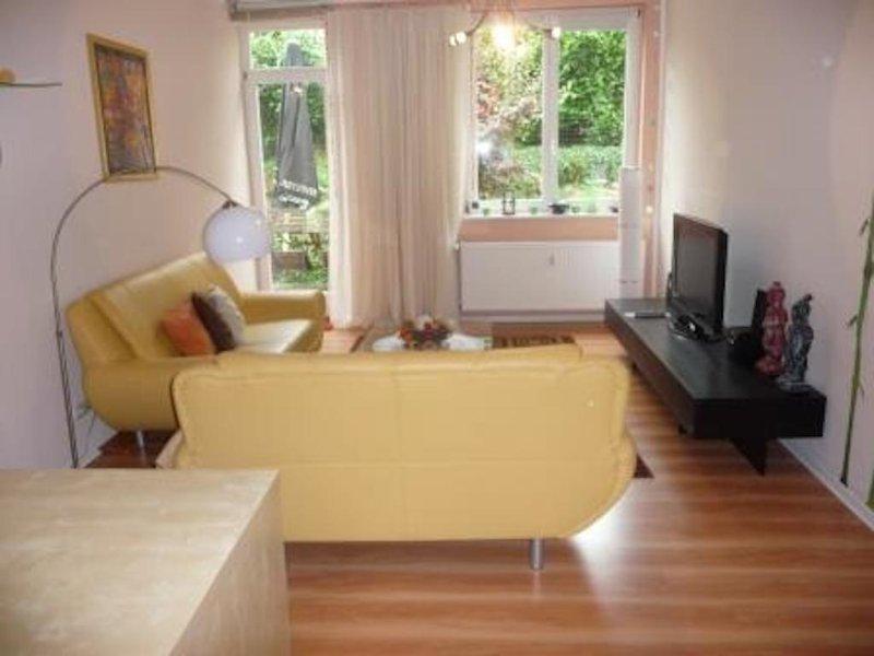 Vacation Apartment in Bad Nauheim - 840 sqft, beautiful historic building, wireless internet, washing… #1299 - Vacation Apartment in Bad Nauheim - 840 sqft, beautiful historic building - Bad Nauheim - rentals