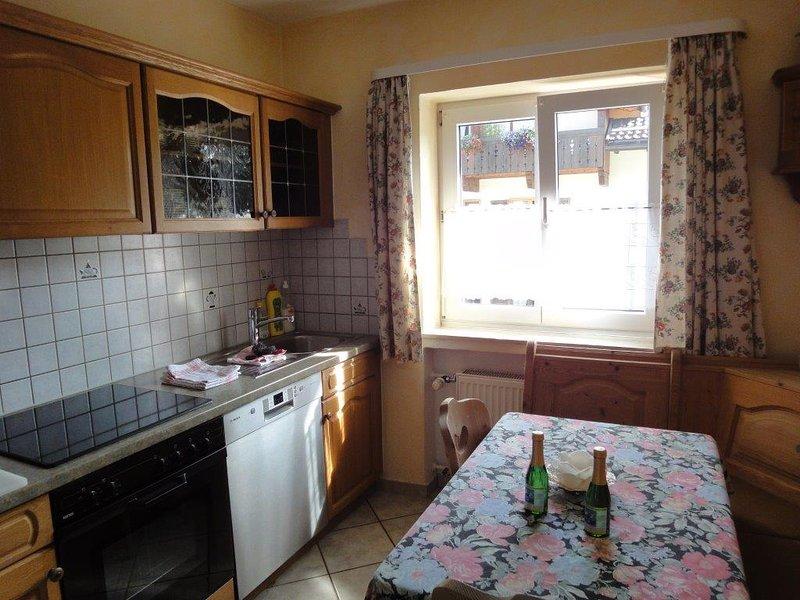 Vacation Apartment in Garmisch-Partenkirchen - 861 sqft, furnished stylishly (# 566) #566 - Vacation Apartment in Garmisch-Partenkirchen - 861 sqft, furnished stylishly - Garmisch-Partenkirchen - rentals