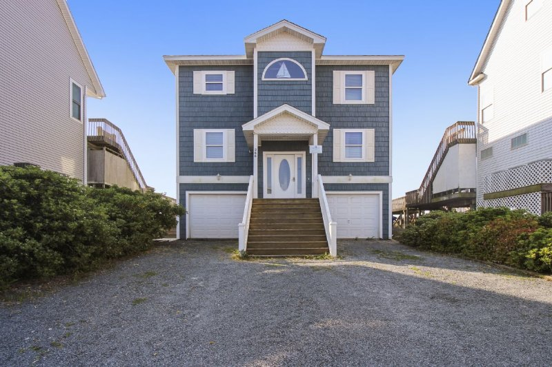 Front with Parking - Spindrift - North Topsail Beach - rentals