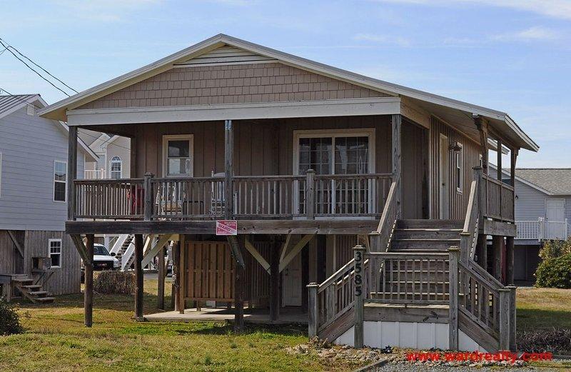 A Petite Retreat Exterior - A Petite Retreat - North Topsail Beach - rentals
