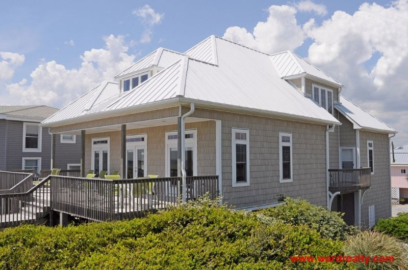 Oceanfront Exterior - White Pearl - Surf City - rentals