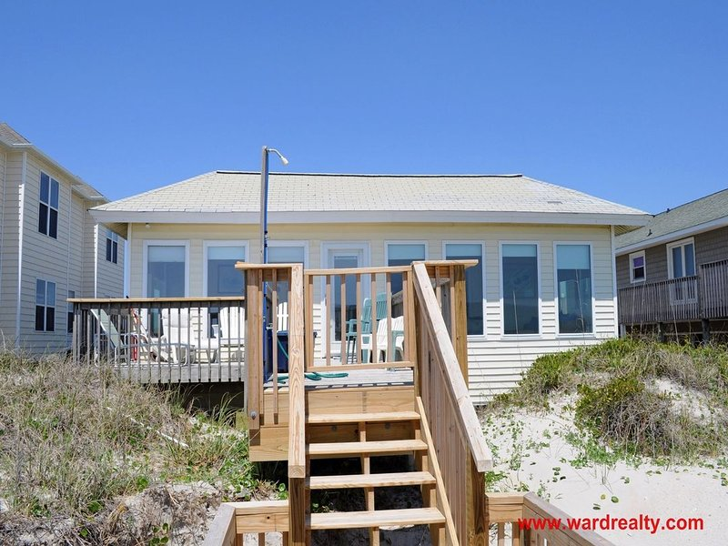 Time in Topsail Oceanfront Exterior - Time in Topsail - Surf City - rentals