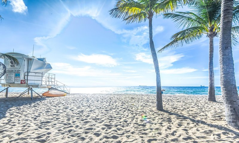 Beachside Oasis:  Walk to Ocean. - Image 1 - Fort Lauderdale - rentals