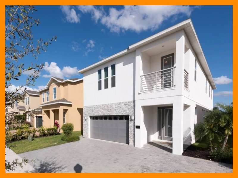 Luxury 8 Bedroom Home - Private Pool, Games Room - Image 1 - Reunion - rentals