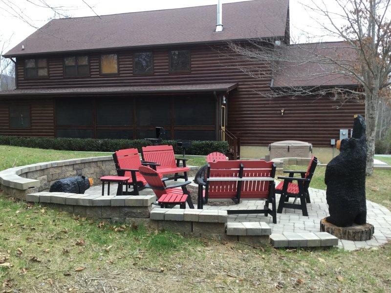 Luxury Log Cabin, Cedar Falls Resort pigeon forge,  gameroom, firepit, hottub - Image 1 - Sevierville - rentals