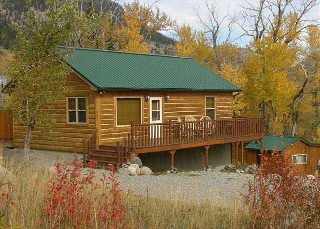 Mountainside Cabins - Gil's & Cubby - Image 1 - McLeod - rentals