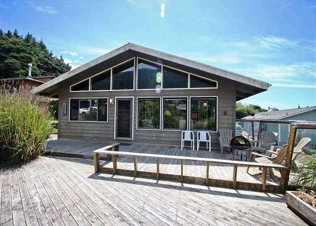 WAPITI CREEK ~ Great family home with beautiful ocean and mountain views! - Image 1 - Neahkahnie Beach - rentals