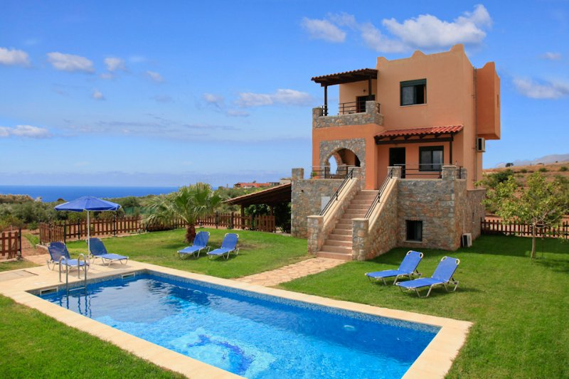 Villa With Private Pool and Sea Views - Theo Beach Villa - Fragkokastello - rentals