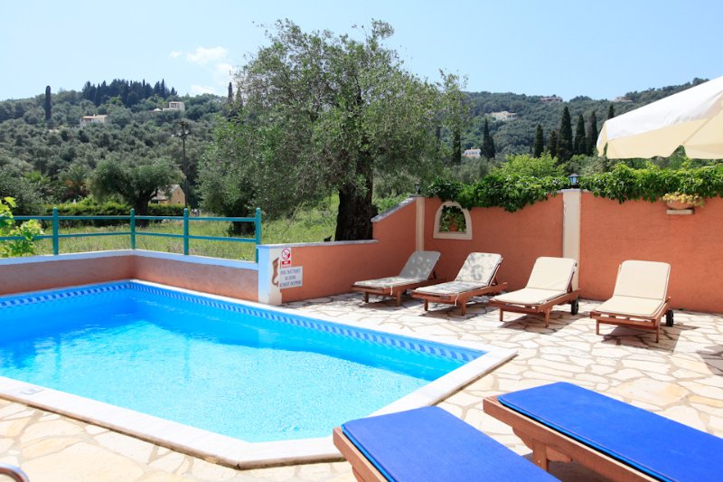 Villa With Private Pool - Lavranos House - Agios Stefanos NE - rentals