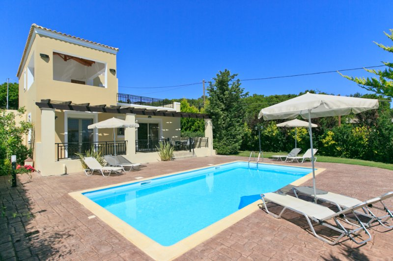 Villa With Private Pool and Garden - Villa Georgia - Gerani - rentals