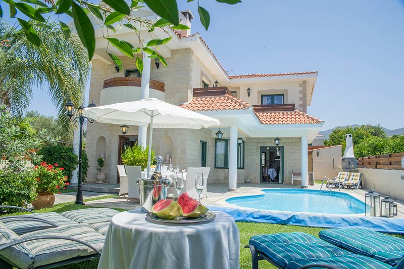 Villa With Private Pool and Garden - Villa Charianna - Nea Dimmata - rentals