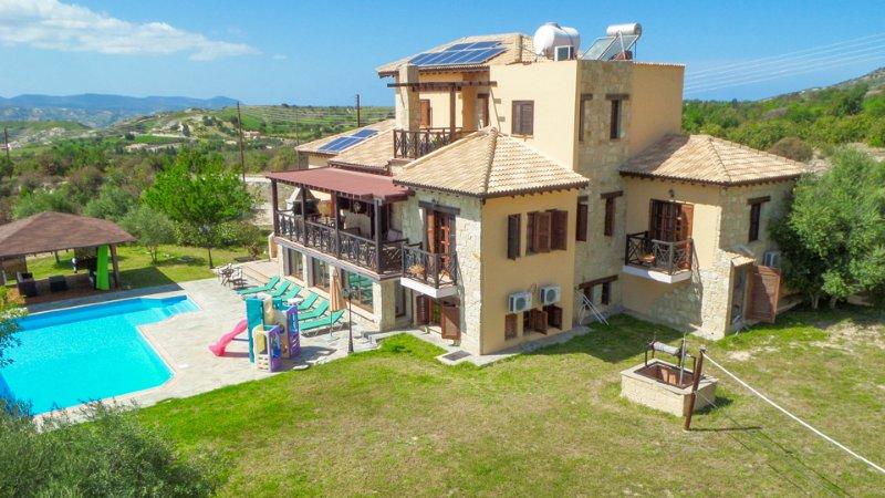 Villa With Private Pool and Garden - Villa River View - Steni - rentals