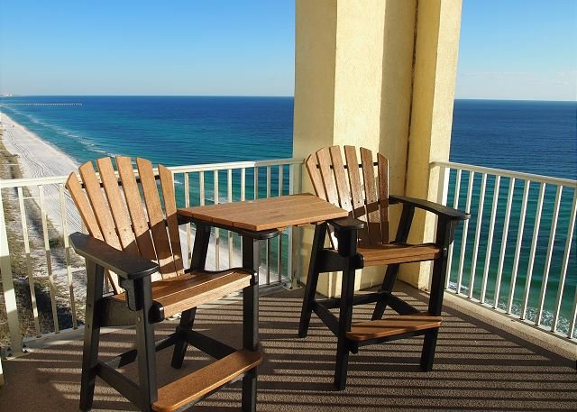 4 Bedroom Platinum Designer End Unit Incredible Gulf Views! Free Beach Chairs - Image 1 - Panama City Beach - rentals
