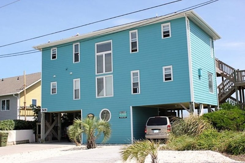 Exterior  - Angelfish Cottage - Emerald Isle - rentals