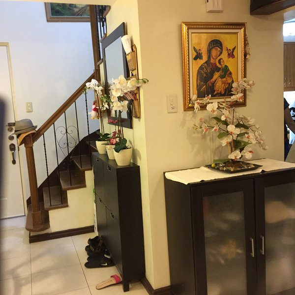 The hallway - A classy Fully Furnish  2 BR Loft Type Condo  With  Free Wifi - Manila - rentals