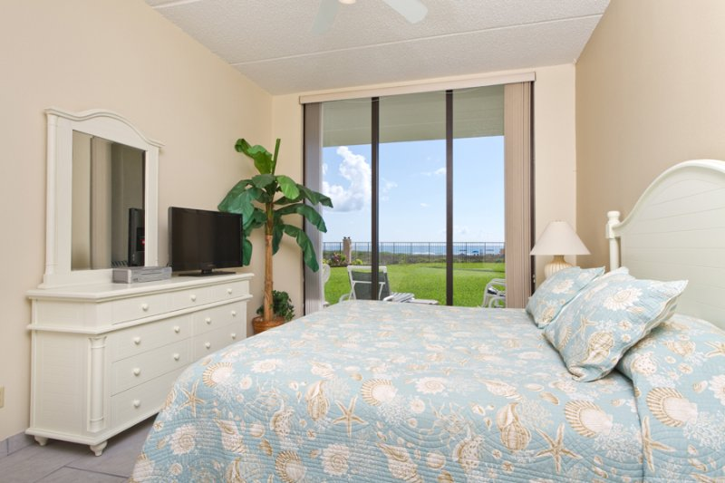 Master bedroom - Suntide III 104 - South Padre Island - rentals