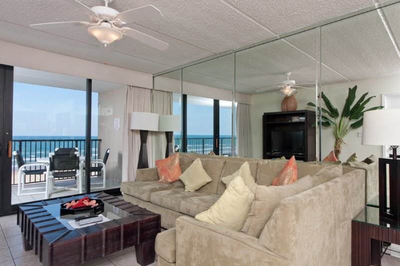 Living Area with views to the ocean - Suntide III 607 - South Padre Island - rentals