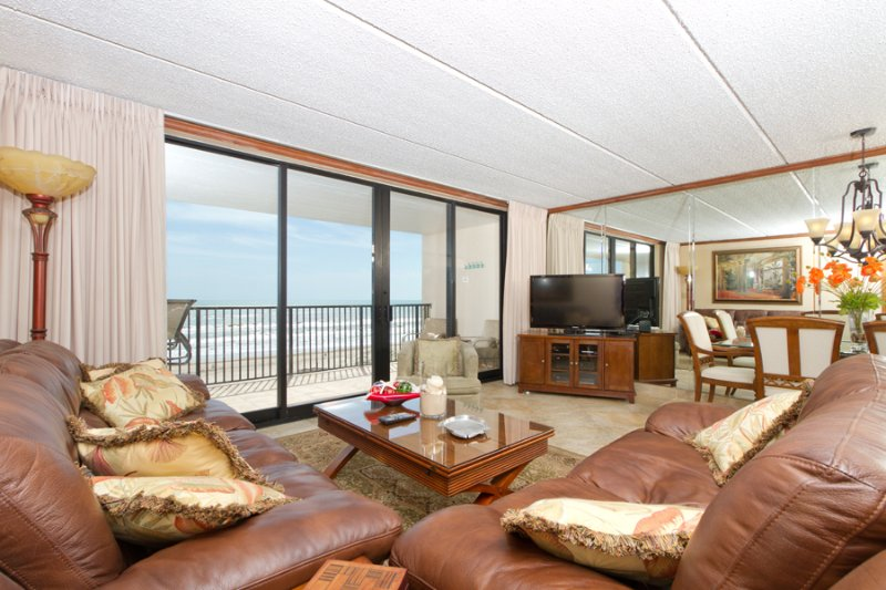 Living area with a beach view - Suntide III 603 - South Padre Island - rentals
