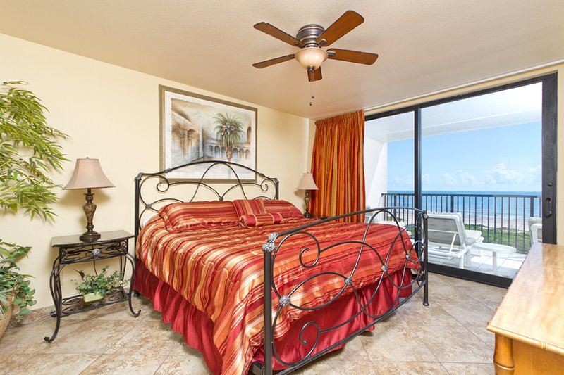 Master bedroom with a king bed - Suntide III 403 - South Padre Island - rentals