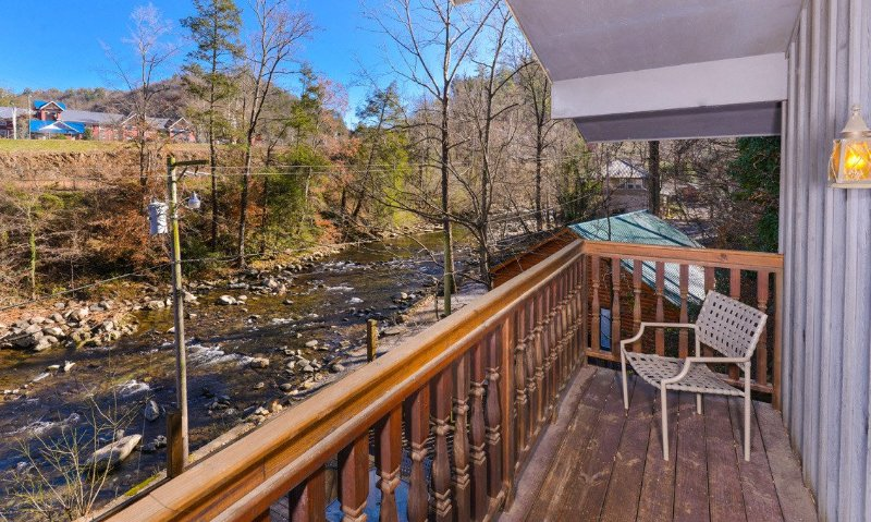 A River Song - Image 1 - Gatlinburg - rentals