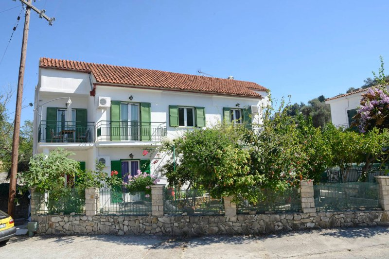 Ground Floor Apartment - Babis - Loggos - rentals