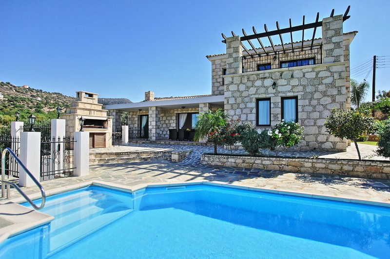 Villa With Private Pool - Villa Serena Peristeronas - Steni - rentals