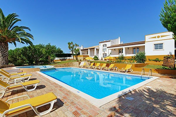 Villa with Private Pool - Monte Branco - Branqueira - rentals