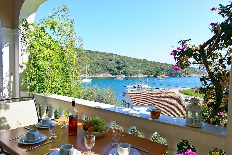 Apartment With Terrace - Irena - Agios Stefanos NE - rentals