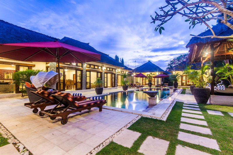 4 Bedrooms - Villa An Tan - Central Seminyak - Image 1 - Seminyak - rentals