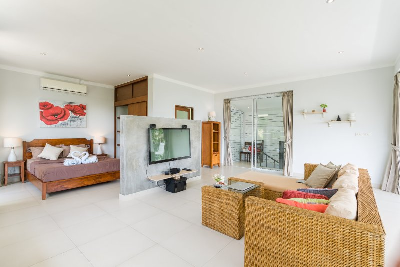 villa with private pool, sea views, sunrise, nature surroundings - Image 1 - Chaweng - rentals