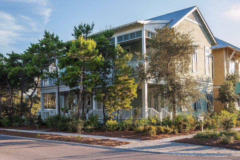 exterior - 810 Western Lake Drive - Watercolor - rentals